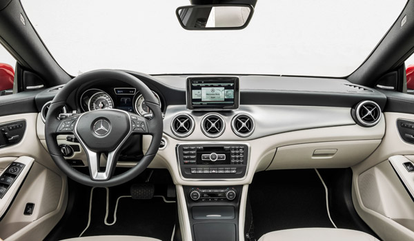 Interior del Mercedes-Benz CLA.